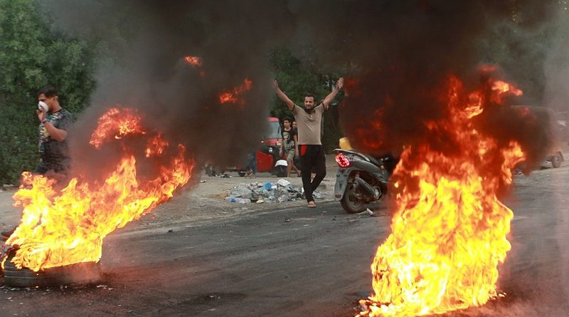 دست نظامیان و شبه نظامیان رژیم ایران از انتفاضۀ جوانان عراق کوتاه!