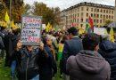 گزارش از تظاهرات در محکومیت حمله ارتش فاشیستی ترکیه به روژاوا در شهر استکهلم سوئد