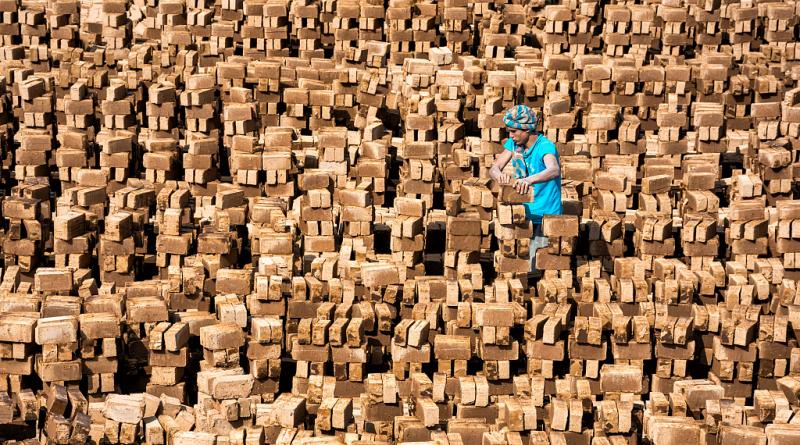 کارگر مهاجر افغان بخشی از پیکر طبقه کارگر جهانی[۱]